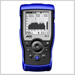 XL2 Acoustic & Audio Analyzer - analyzer without microphone-requires separate measurement microphone